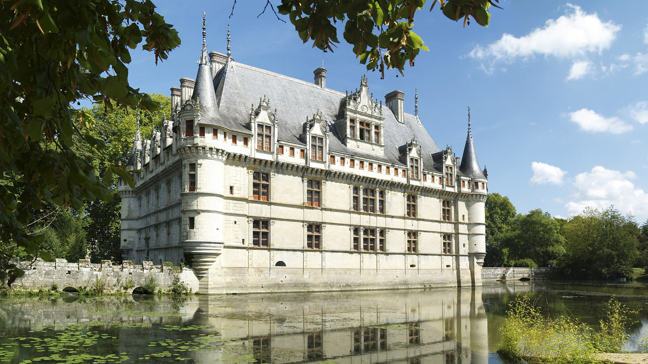 Castle of Azay-le-Rideau